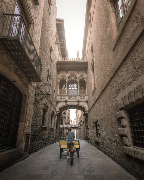 Early mornings in The Gothic Quarter