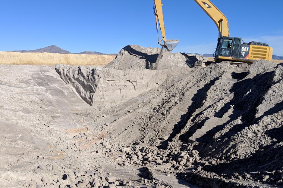 Image 2: Preparing the battered excavation