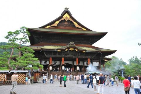 善光寺から長野市タクシー 近くのタクシー 観光タクシー 駅前タクシー 送迎タクシ
