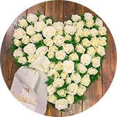 Trauerfloristik, Kränze und Spruchbänder gibt es bei Blumenwiese-Lage
