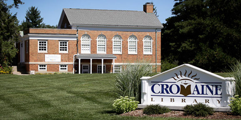 Cromaine Library in Hartland, MI