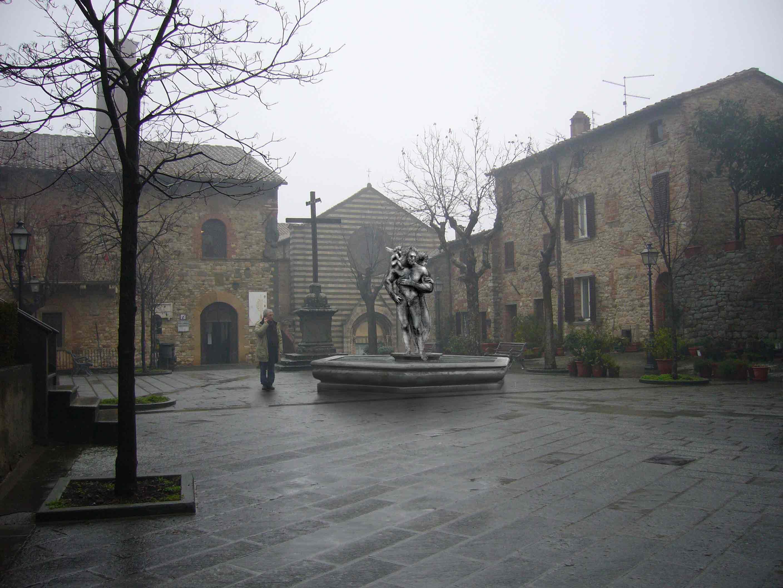 Main Piazza LUCIGNANO