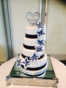 Wedding cake. Cake Addiction, celebration cake maker oxford