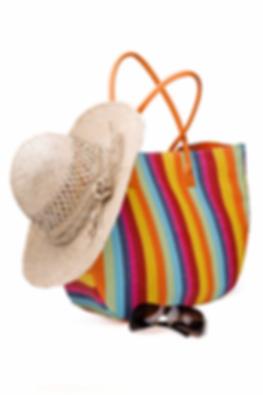 bolsa y sombrero.png