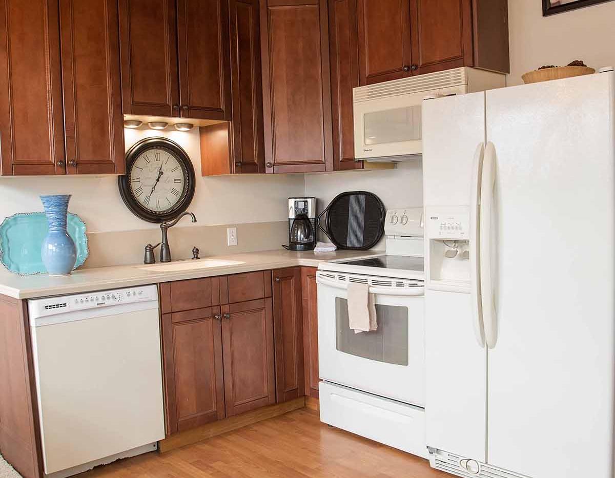 sm 3 kitchen.jpg