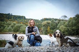 Cora&Dogs_018.jpg