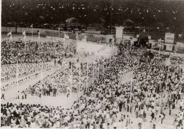 inauguracion-himno-y-bandera-1976a.jpg