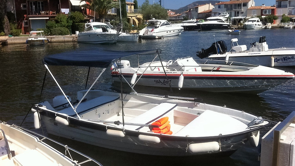 Location CRESCENT 450 -Nautique Park-Port Grimaud-Golfe St Tropez-Var