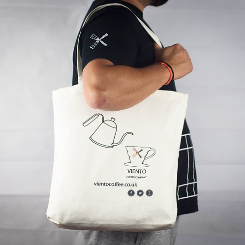 Viento Tote Bag – Pouring Design