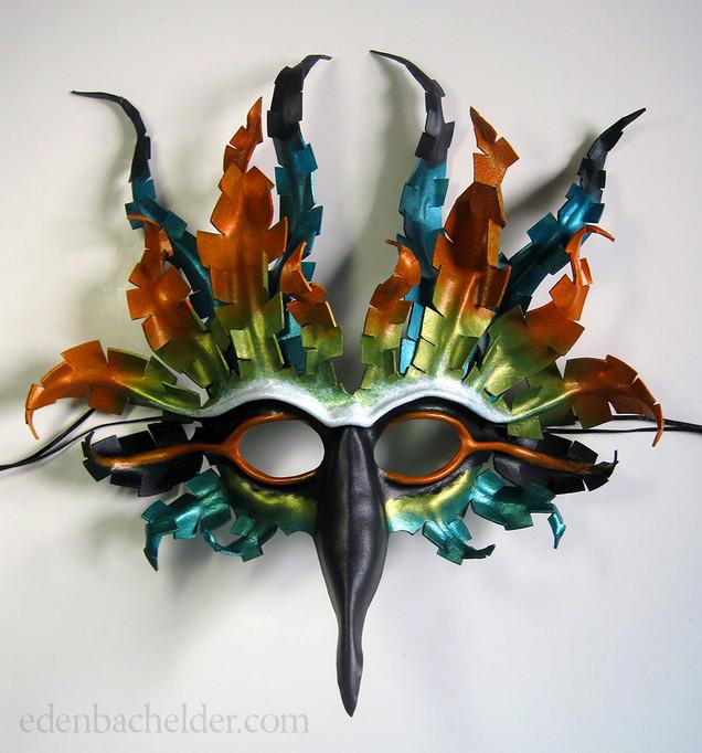 Custom bird of Nicaragua mask