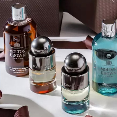 Molton Brown Re-Charge Black Pepper Bath and Showergel