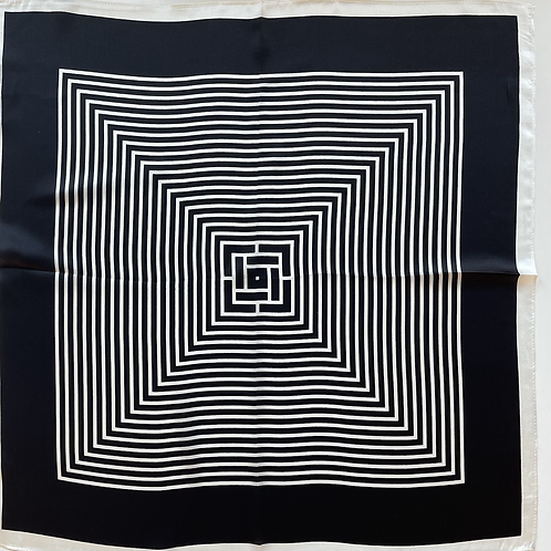 Plissé Copenhagen Silke Tørklæde Black