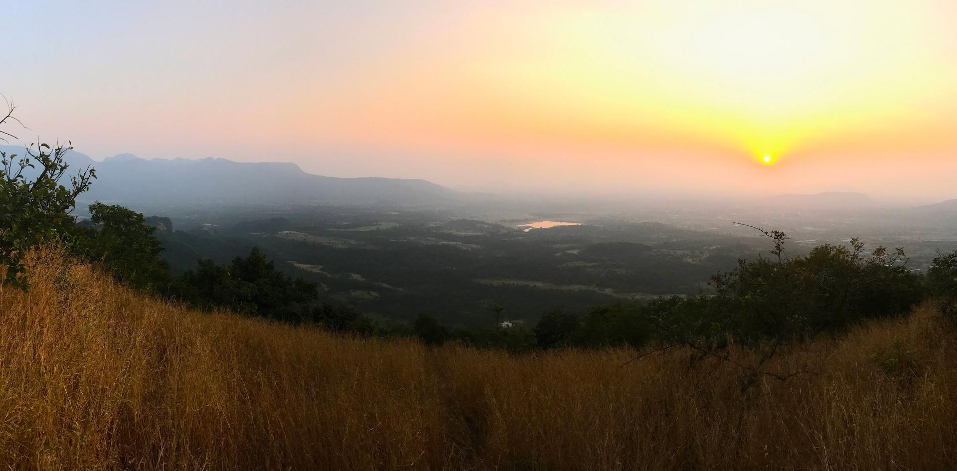 PANORAMA-SUNSET-WESTERN-GHATS-GRASSLANDS