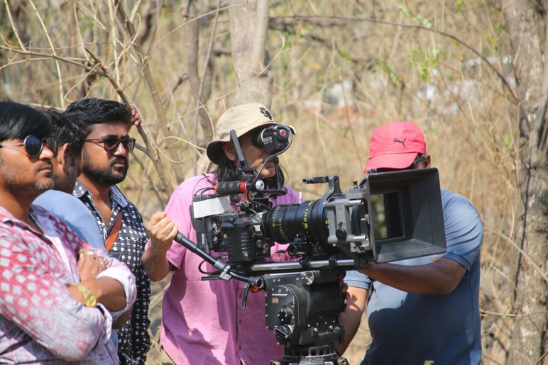 Cinematography - Red Dragon - Alura Zoon Lens - Feature Film - Sachin Singh