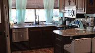 E79_Kitchen.jpg