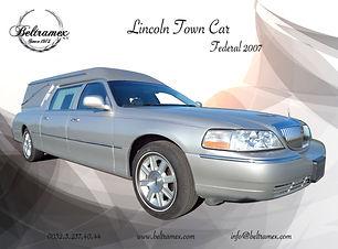 2007_Lincoln_Town_Car_Federal_2007_Silve