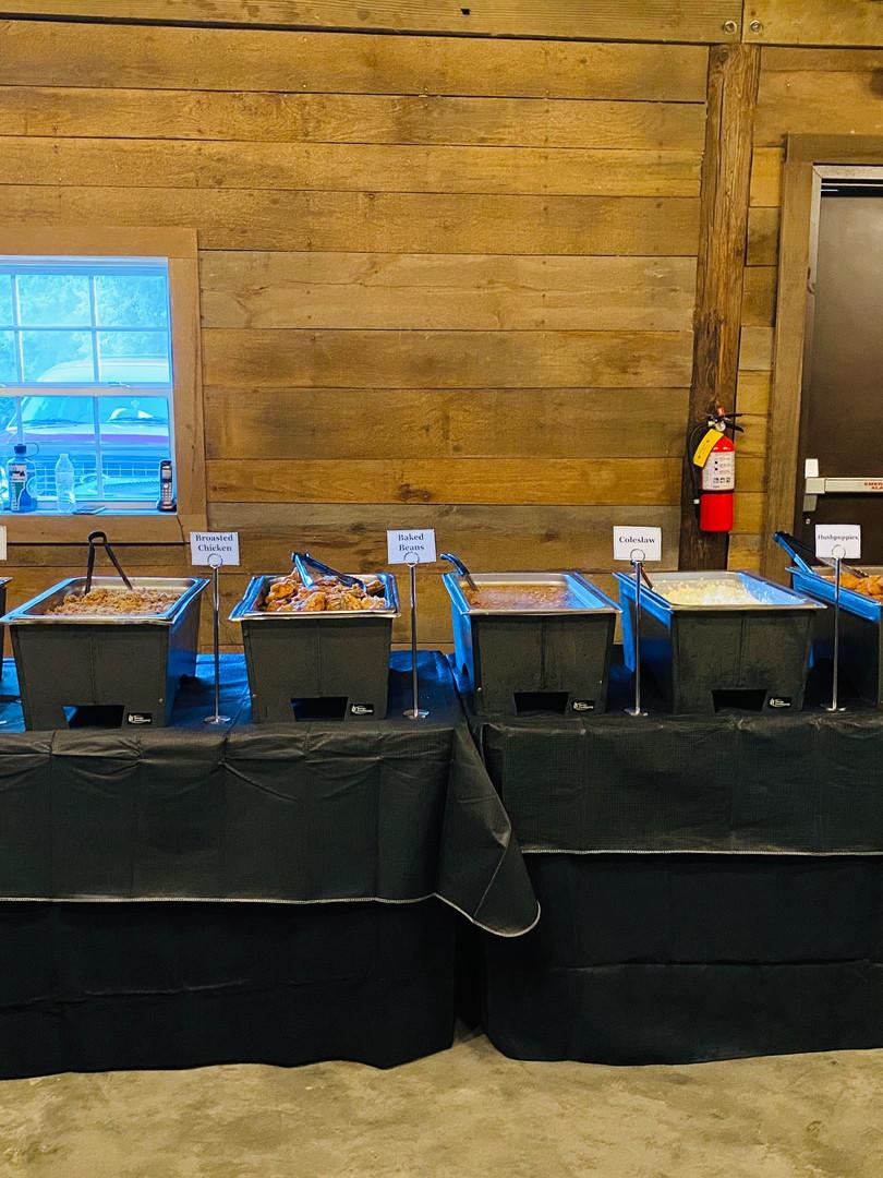 Full Bar-B-Q Buffet Line