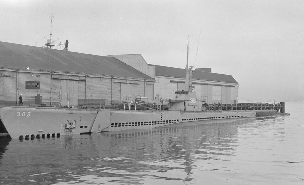 USS Aspro (SS-309)