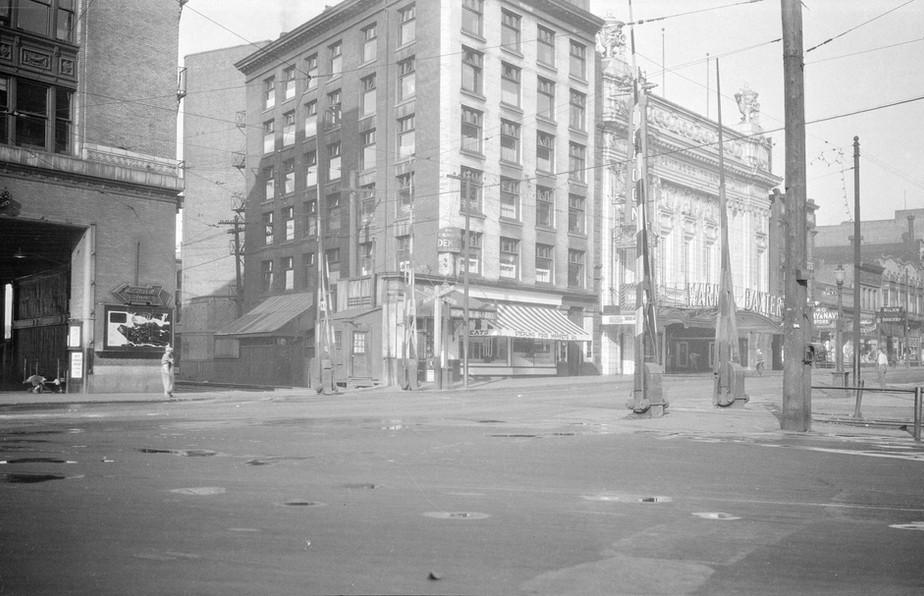 Railroad Crossing on Hastings Street