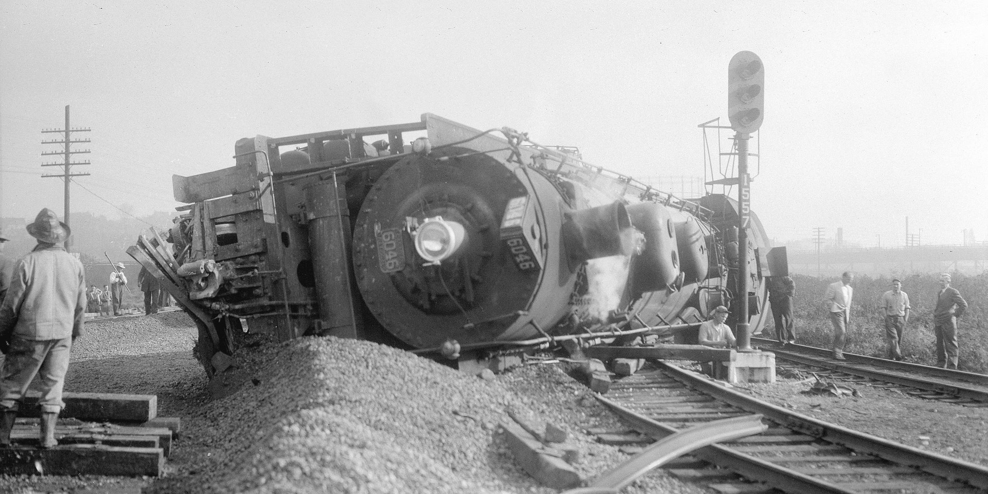 Canadian National Locomotive 6046 derailed