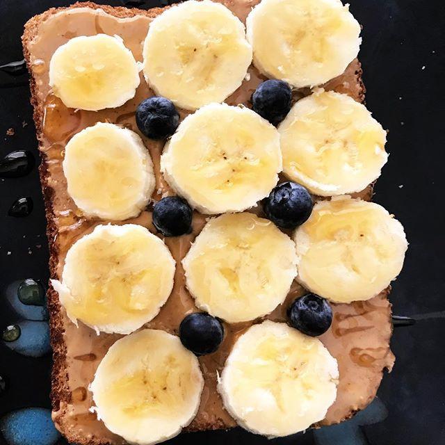 peanut butter, banana healthy snack