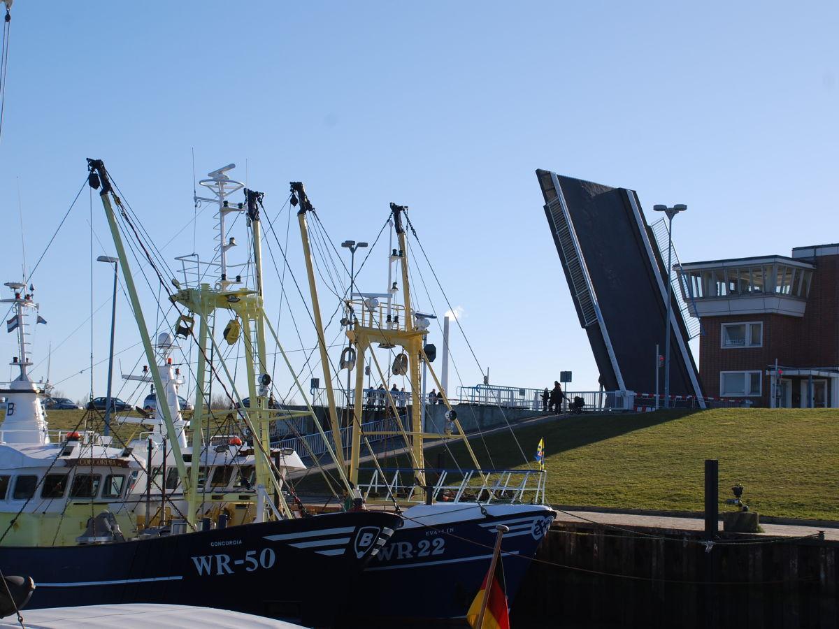 aussenhafen-hooksiel.jpg
