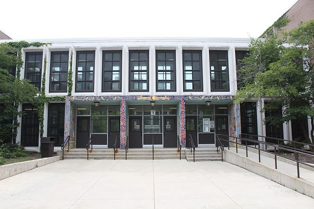 Kenwood Academy.jpg