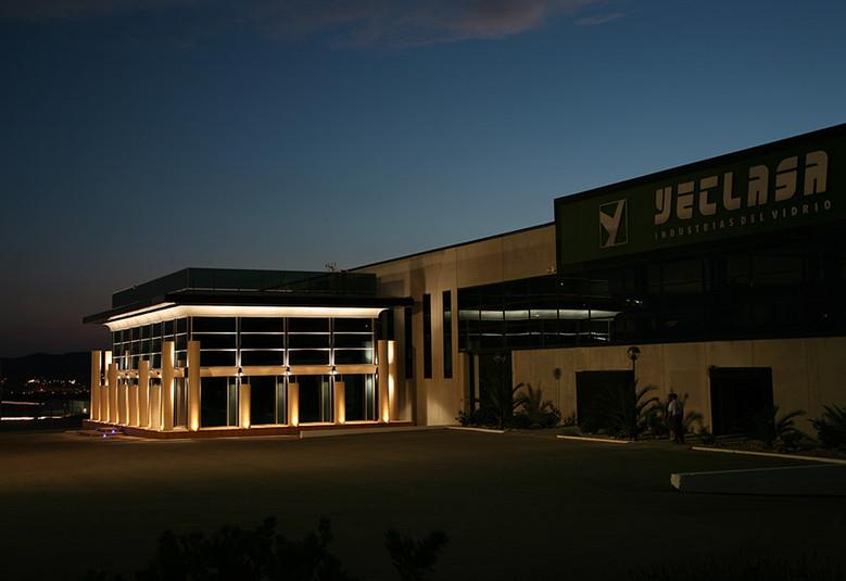 Vista parcial instalaciones Yeclasa (nocturna)