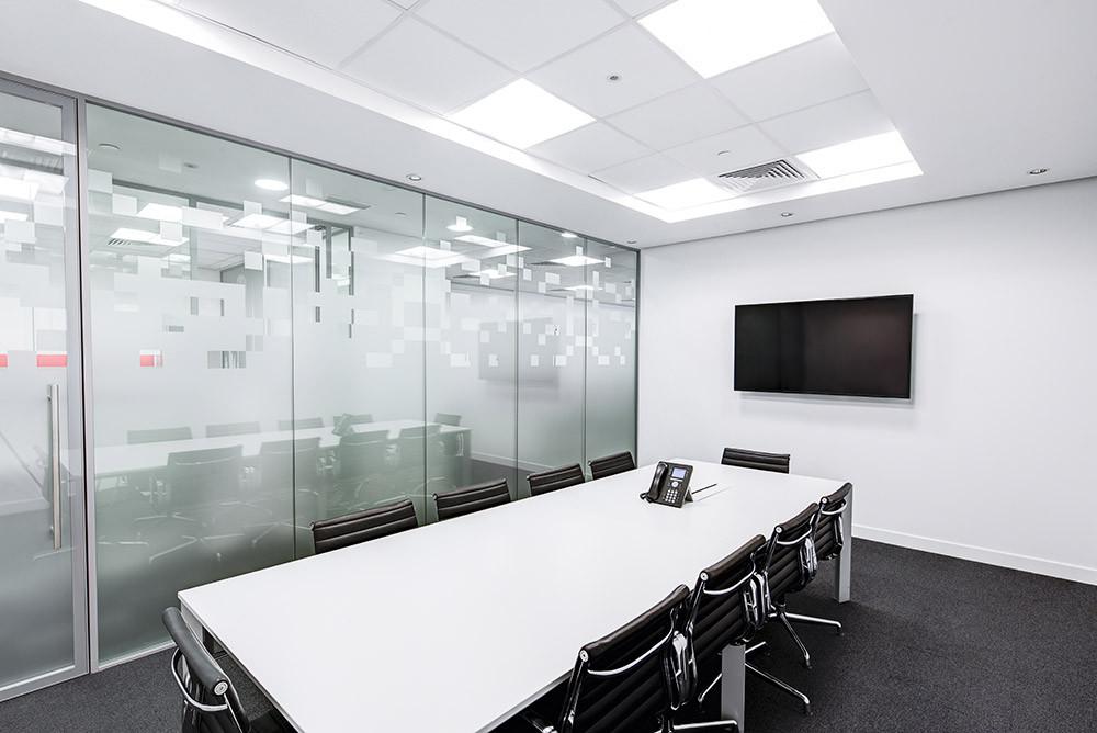 meeting-room-730679.jpg