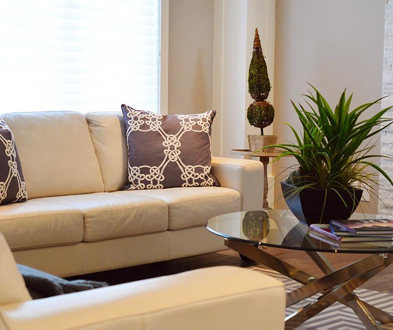 living-room-2174575.jpg