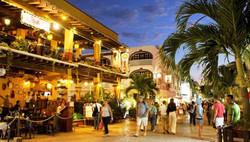 playa-del-carmen-downtown 5th ave