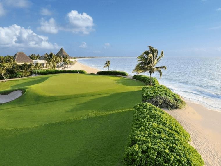Playa del Carmen golfing