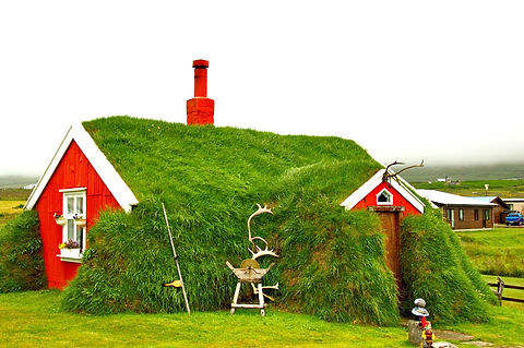 Red%20turf%20house%20in%20Iceland_edited.jpg