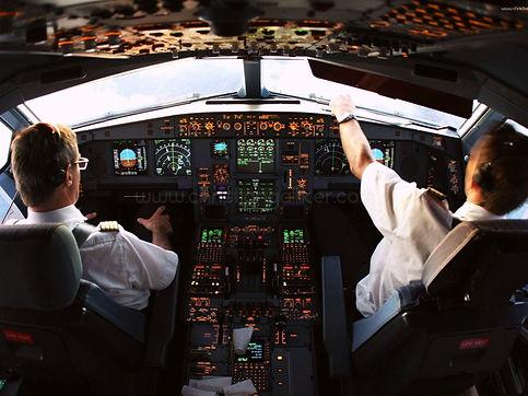 plane-cockpit-4.jpg