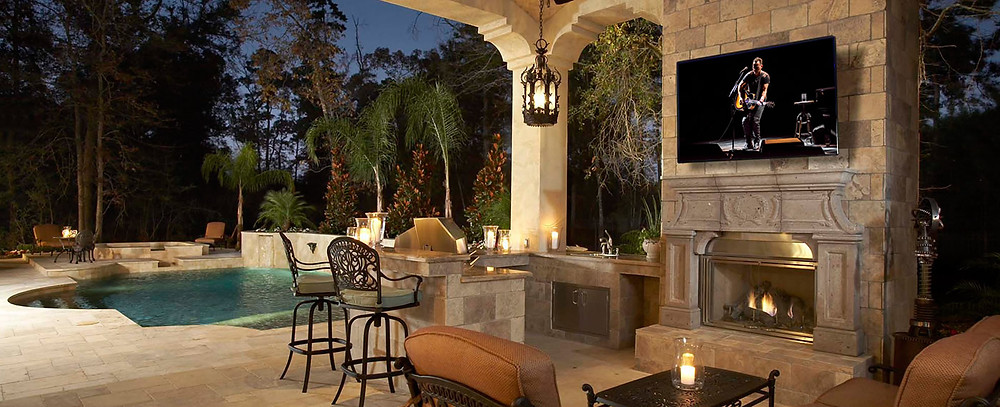 Outdoor TV With Outdoor Speakers