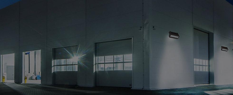 Commercial-Outdoorr-Lighting-Fixtures.jp