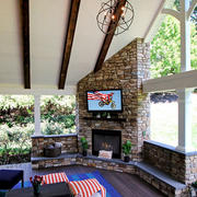 Outdoor-TV-Dealer-The-Hamptons.jpg