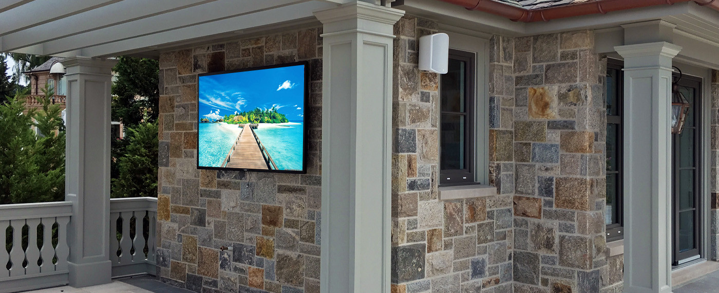 Outdoor TV Installation Long Island.jpg