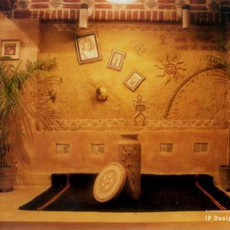 10_mud-mural-ip.jpg