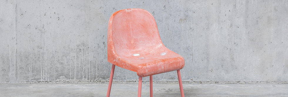 Tobia Zambotti |The Fan Chair / Pink