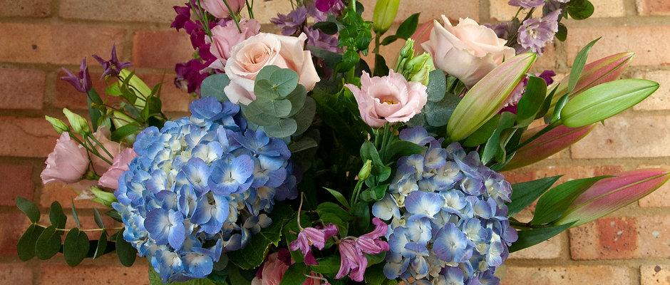 Spotlight Bouquet - Country Bouquet