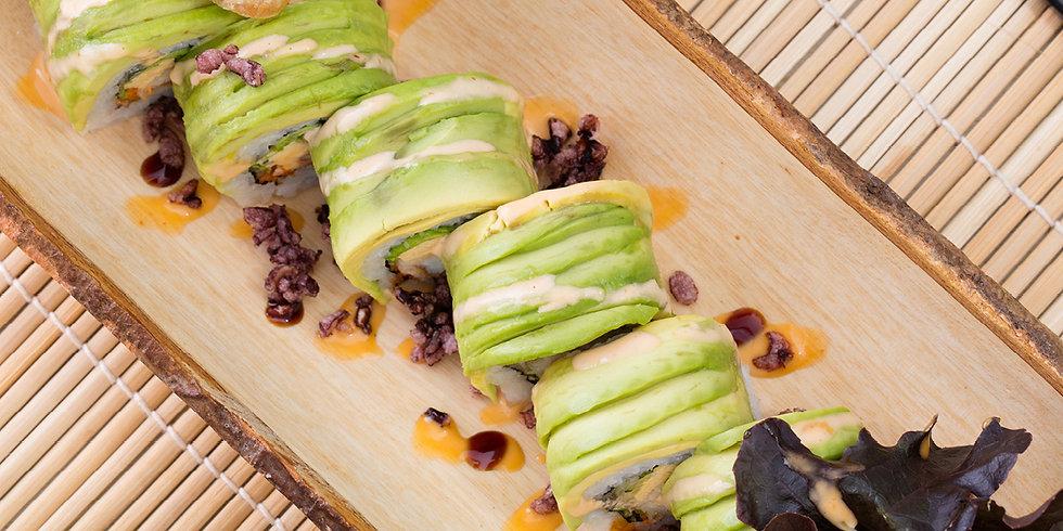 Avocado roll dragon roll ドラゴン巻 ดราก้อนโรล อะโวคาโด