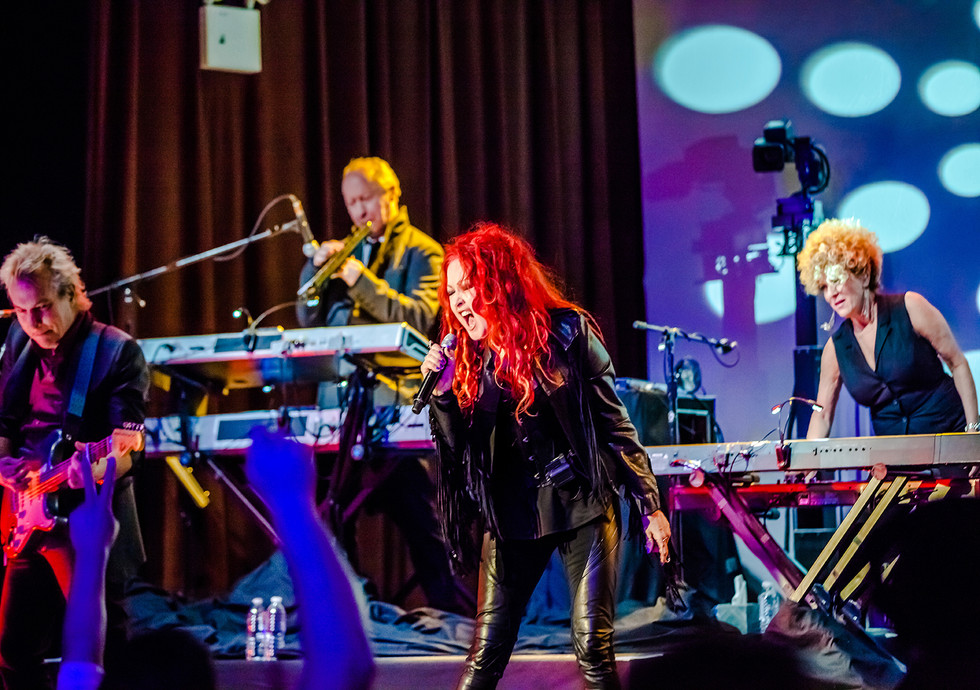 Cyndi Lauper - Front And Center