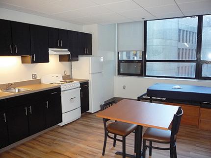 POM-NECHV kitchen