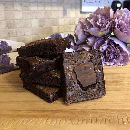 Galaxy cookie crumble brownie