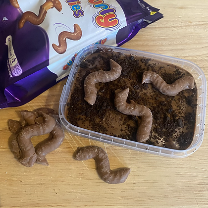 Wiggly worm cookie dough