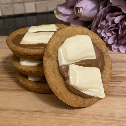 Biscoff & Milkybar cookie