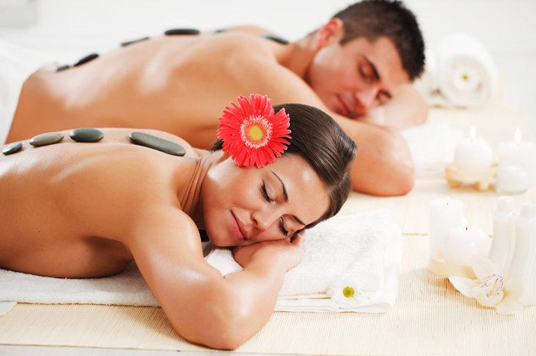 90 mins Couple Massage