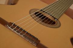 Guitarra 8 cuerdas para Per Olav Kobberstad. Sistema MIDI/AMP