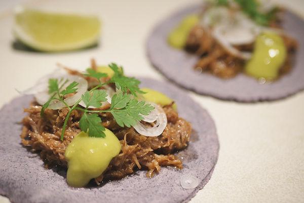 9Lamb-Barbacoa-salsa-de-cilantro,--mache
